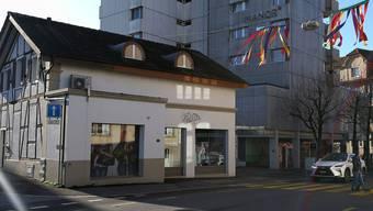 Seit ein paar Tagen ist sie geschlossen: Für die ehemalige Chicorée-Filiale an der Wohler Zentralstrasse wird jetzt ein Nachmieter gesucht.
