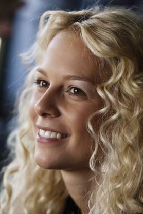 Bitte lächeln: Linda Fäh vor einem Fotoshooting.