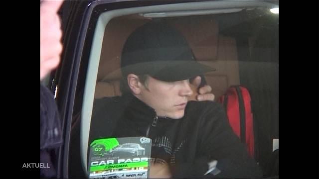 Kimi Räikkönen touchiert Auto in Baar