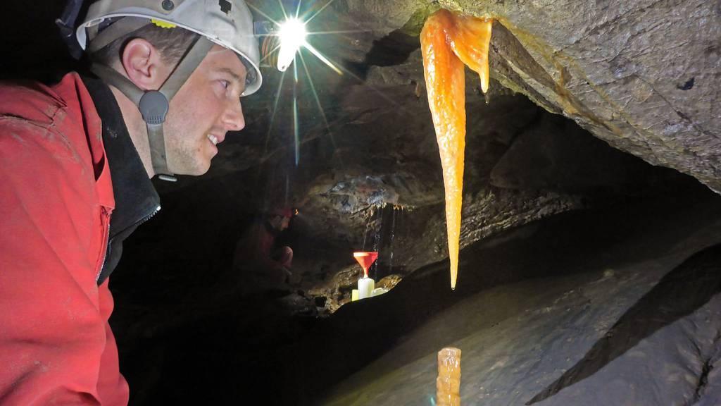 Thomas Bär ist ein leidenschaftlicher Höhlengänger -  seinen 30. Geburtstag hat er allerdings eingesperrt im Hölloch verbracht.