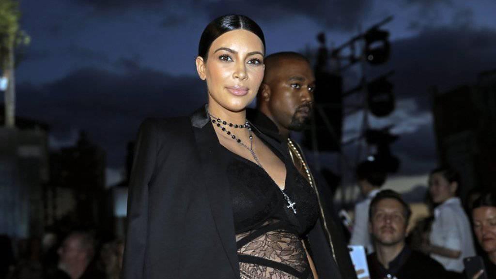 Trägt möglicherweise einen Easton West unter dem Herzen: Kim Kardashian West (Archiv).