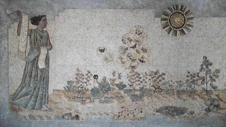 Das 30 Meter lange Mosaik «Sendung» im Kollegiengebäude.