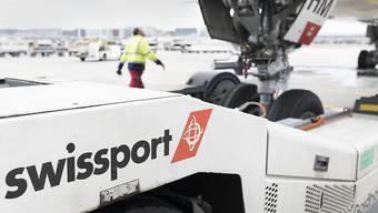 Chinesische Konzerne wie zum Beispiel HNA, zu dem unter anderem Swissport gehört, sind zu gewichtigen Arbeitgebern in der Schweiz geworden. (Archiv)