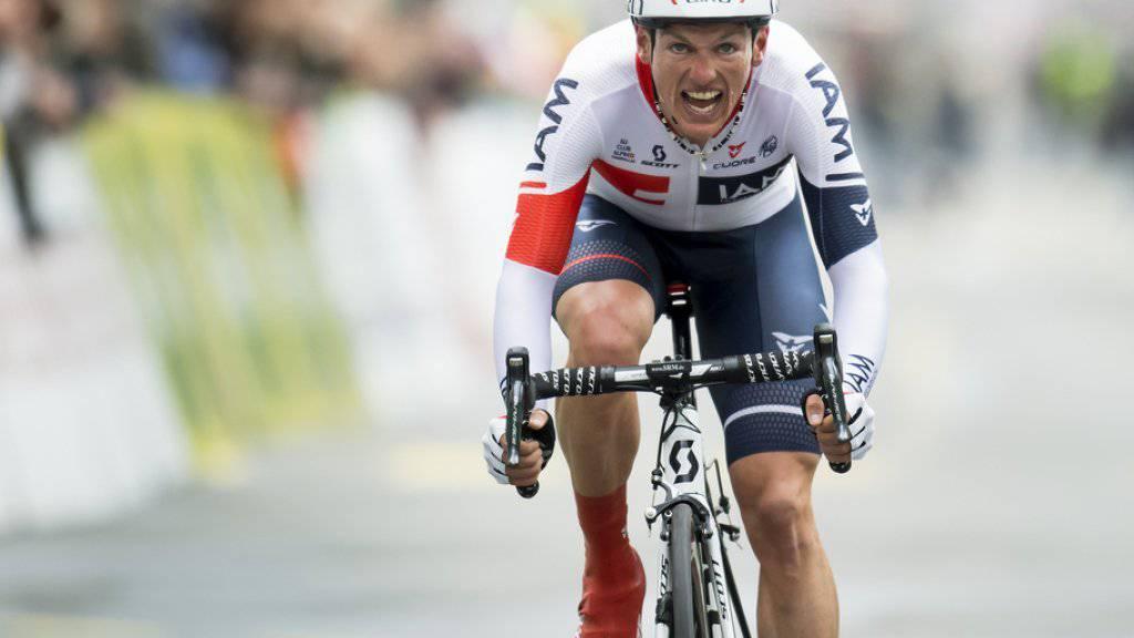 Die Familie ist ihm wichtiger als alles andere: Doch für den Sieg an der Tour de Suisse will Mathias Frank kurz nicht an seine Frau und die beiden Kinder denken. (Archiv)