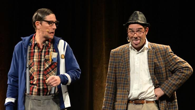 Strohmann-Kauz, alias Ruedi und Heinz, brachten als jung gebliebene Greise das Publikum zum Lachen.