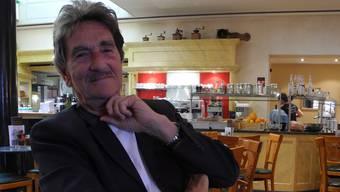 Rudolf Erzer vergass beim «Auf einen Kaffee mit ...» in der Solothurner Suteria glatt die obligaten Rauchpausen.