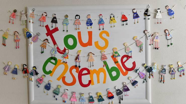 Viele Schüler und Lehrkräfte haben Mühe mit Französisch. Häufigere Sprachaufenthalte sollen Abhilfe verschaffen. (Symbolbild)