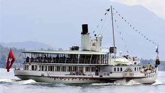 Die Kursschiffe der Zürichsee Schifffahrtsgesellschaft transportieren wegen des Schiffsfünflibers weniger Gäste.