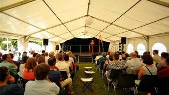 Die vielen Gäste lauschten der Festansprache von Regierungsrätin Esther Gassler.