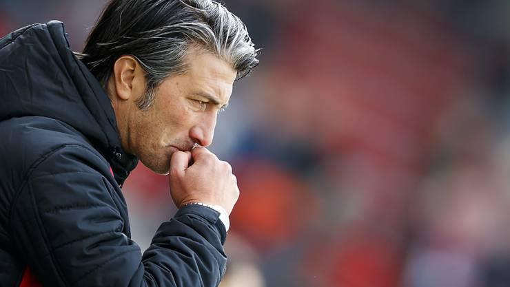 Murat Yakin sucht beim FC Schaffhausen noch nach der richtigen Marschroute. (Archivbild)