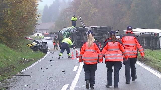 Kritik an Strassenverhältnissen nach schwerem Unfall bei Endingen