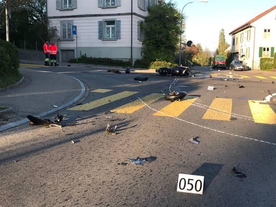 Hombrechtikon, 20. April: Bei einer Kollision mit einem Autofahrer ist ein 53-jähriger Motorradfahrer verletzt worden.