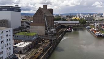 Der Basler Rheinhafen dürfte ausgebaut werden können. Zum neuen Hafenbecken 3 zeichnet sich eine Zustimmung ab.