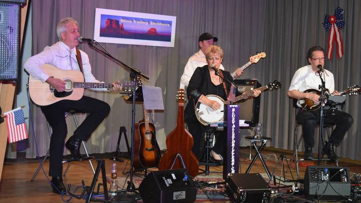 Die Blue Valley Drifters in voller Aktion