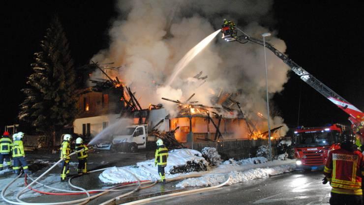 Das zerstörte Hotel Kaiseregg in Plaffeien nach dem Brand von 2015.