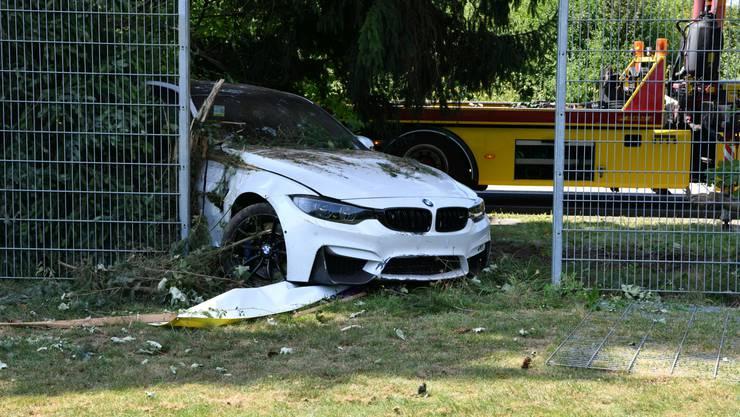 Der PS-starke BMW erlitt einen Totalschaden.