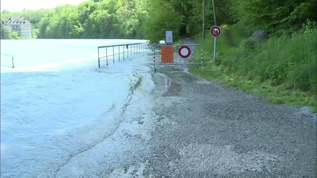 Uferwege nach Hochwasser massiv beschädigt