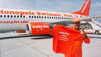 Easyjet-Gründer Stelios zieht gegen seinen damaligen «Lieblingsfeind» Swissair in den Kampf. Ein Bild aus Genf aus dem Jahr 1999/2000. zvg
