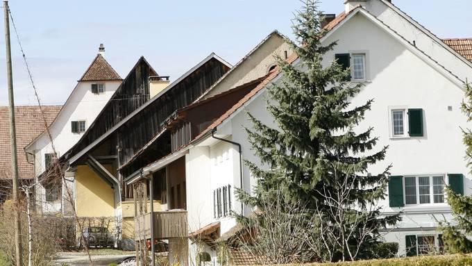 In einem Bauernhaus der Gemeinde kam es 2010 zum Überfall. (Archiv)