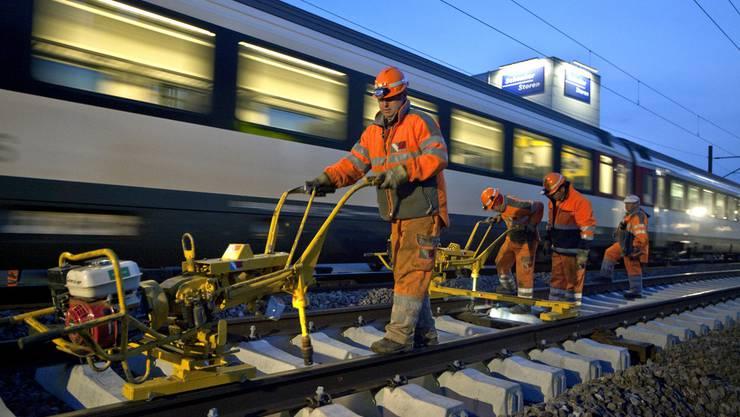 Ab Ende 2020 soll die Strecke Olten-Aarau vierspurig befahrbar sein.