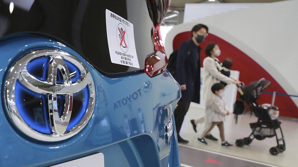 Toyota hebt Gewinnprognose kräftig an