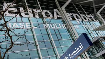 Der Euro-Airport muss am Tag des Europa-League-Finals fast doppelt so viele Passagiere abfertigen wie an einem normalen Tag.
