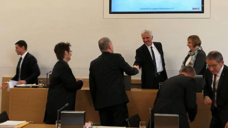 Bernhard Scholl nimmt Gratulationen entgegen.