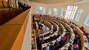 Der Grosse Rat debattiert über eine Revision des Steuergesetzes.