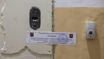 Das Büro sei mit dem Hinweis versiegelt gewesen, dass die Räumlichkeiten der Russischen Föderation gehörten und dass die Organisation sich an die Stadtverwaltung von Moskau richten solle, um weitere Informationen zu erhalten.
