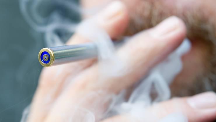Schadensbegrenzung durch E-Zigaretten: Mit diesem Pilotprojekt kämpft die «Suchthilfe Ost» gegen Nikotin-Sucht.