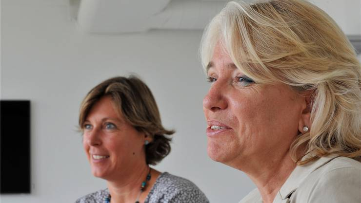 Sie haben die Zusammenarbeit aufgegleist: Heidi von Siebenthal vom Entlastungsdienst Solothurn (links) sowie Sonja Graber, die neu die Geschäftsleitung des Vereins Entlastungsdienst Schweiz, Aargau-Solothurn übernimmt. Hans Ulrich Mülchi