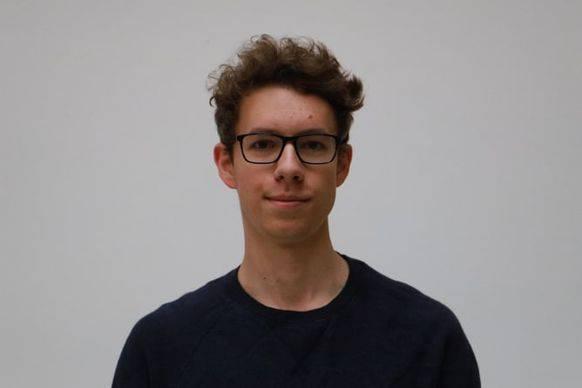 Der 19-jährige Basler Philippe Kramer koordiniert die Zeitung der Klimastreikenden.