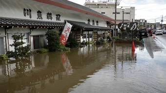 In Japan sind bei Unwettern zahlreiche Menschen ums Leben gekommen.