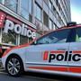 Die Kantonspolizei Wallis zog in St. Maurice einen Carfahrer ohne Permis aus dem Verkehr. An Bord des Busses waren 25 Touristen aus Kanada und den USA. (Symbolbild)