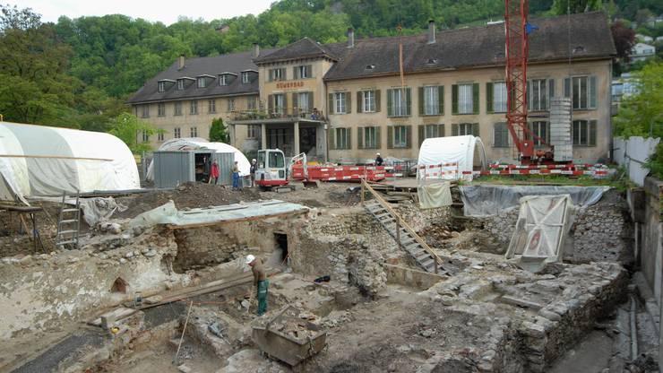 Archäologische Grabungen vor dem  Römerbad, das 2017 abgerissen wurde. (Archiv)