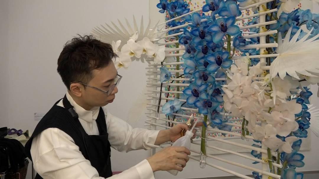 «Viele Leute mögen keine künstlich gefärbten Blumen, aber hier sind sie am richtigen Ort»