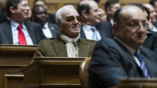 Charles Aznavour beim Neujahrsempfang der Botschafter in Bern