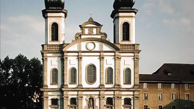 Die Jesuitenkirche - eine «Güllewirtschaft»