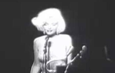 Sorgte für einen Skandal: Marilyn Monroe haucht 1962 «Happy Birthday Mr. President» ins Mikrofon