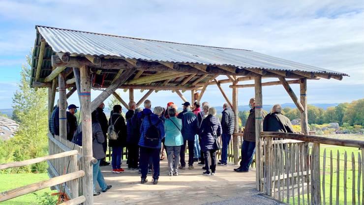 Der Seniorenrat besuchte mit 25 Personen die LEWA Savanne, die flächenmässig grösste Anlage im Zürcher Zoo, die 15 verschiedene Tierarten beherbergt.
