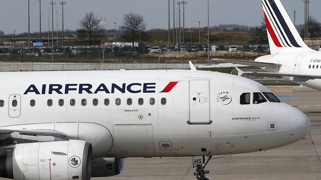 Frankreich plant Öko-Steuer auf Flugtickets