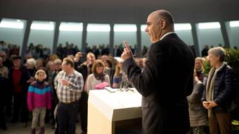Bundespräsident Alain Berset stellt sich dem Volk: Die Landesregierung tagte extra muros in St.Gallen. Gian Ehrenzeller/Key