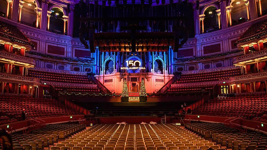 ARCHIV - Die Londoner Royal Albert Hall feiert ihr 150-jähriges Bestehen. Foto: Matt Crossick/PA Wire/dpa