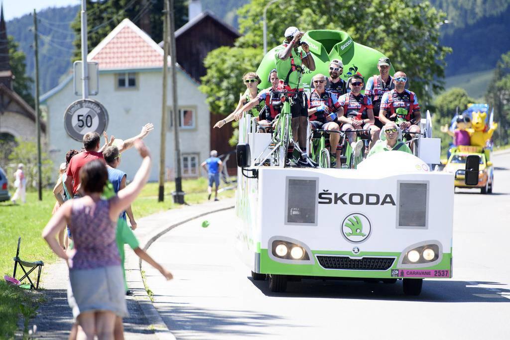 Die Tour de France passiert die Schweiz (© KEYSTONE)