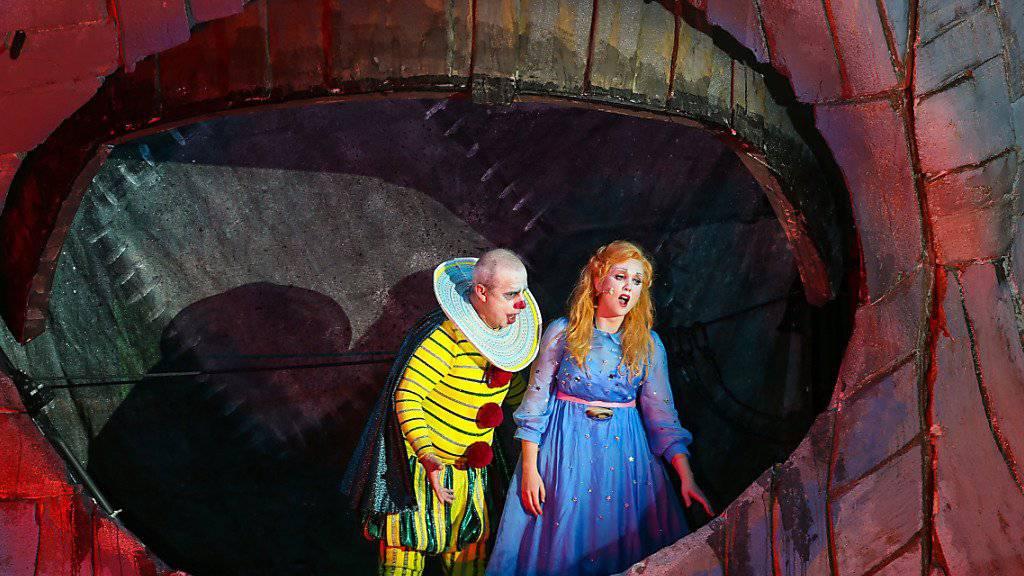 «Rigoletto» besticht durch feine Klänge und gewaltige Bilder