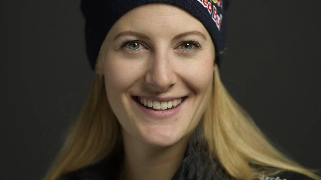 Die Schweizer Skicrosserin Fanny Smith lächelt in die Kamera