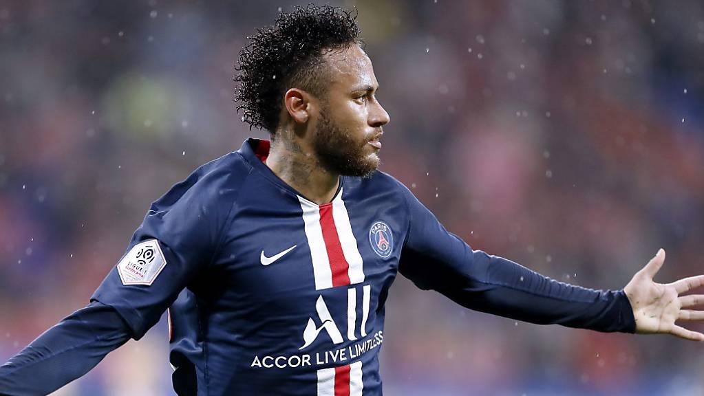 Auch im Regen ist ein Brasilianer nicht zu unterschätzen: Neymar nach seinem Siegestor in Lyon