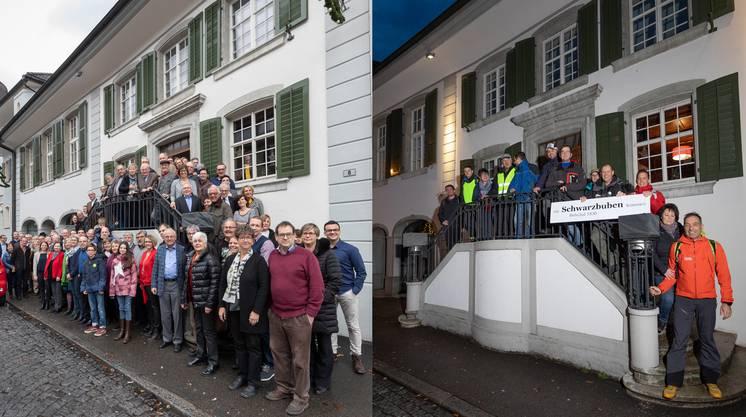 Die FDP und die SVP (r.) auf der «Rössli»-Treppe zu Balsthal.