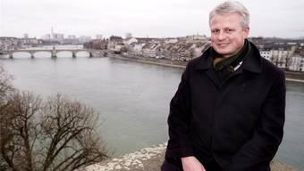Matthias Nabholz, Leiter des Basler Amts für Umwelt und Energie, freut sich, dass der Rhein wieder sauber ist und praktisch Trinkwasserqualität hat.