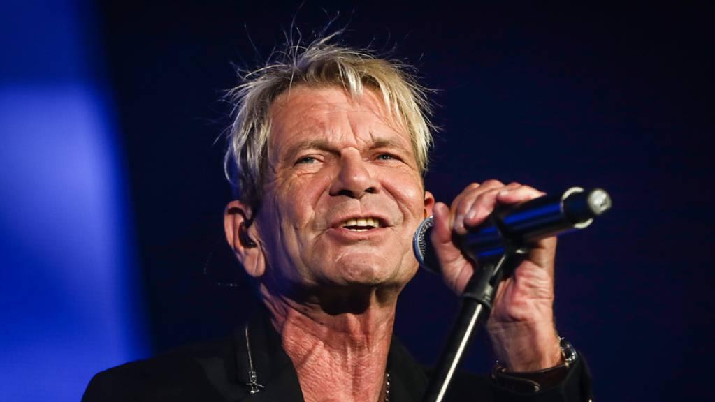 Der deutsche Sänger Matthias Reim hat vor dreissig Jahren mit «Verdammt ich lieb dich» Erfolge gefeiert - damals noch ohne Falten. Derartige Zeichen der Zeit hält er für glaubwürdig. (Archivbild)
